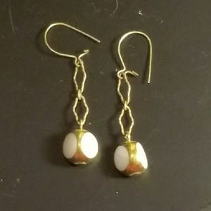 White and faux gold vintage earrings